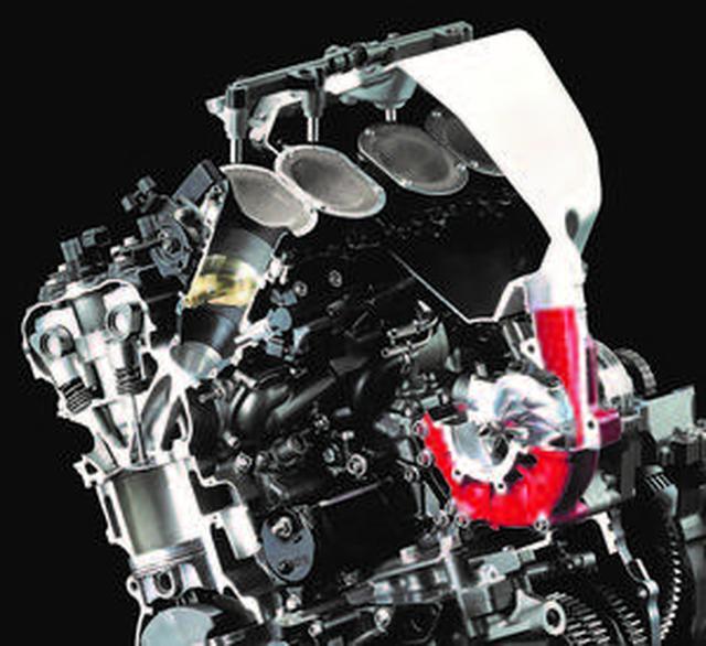画像: 二輪車部門に加え、ガスタービンや航空機など川重各部門の技術の粋を集め製作されたスーパーチャージドエンジン(Ninja H2R)
