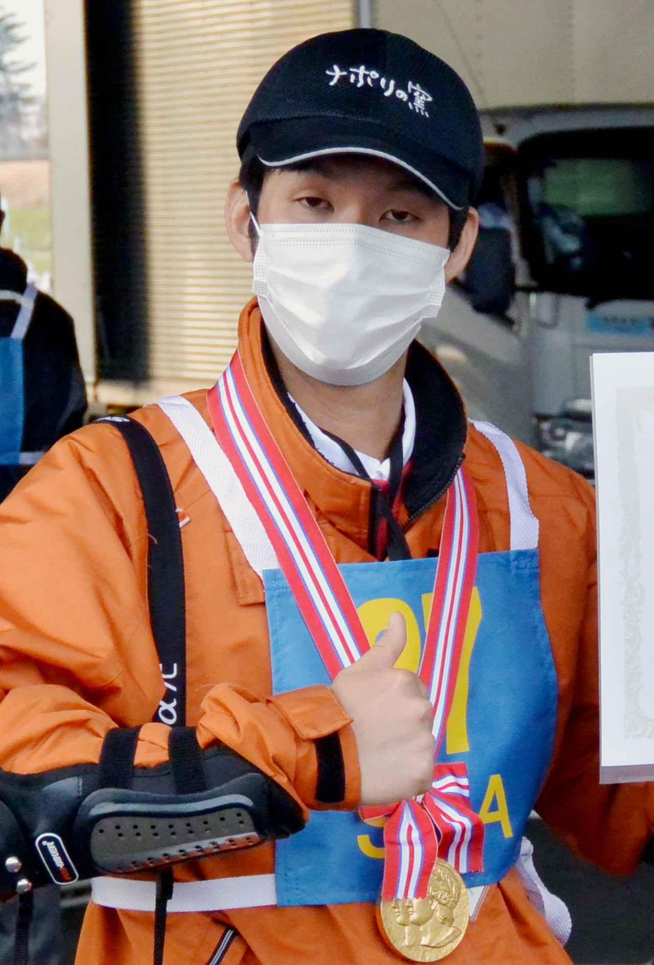 画像: 個人部門優勝の居林哲平選手(ナポリの窯Aチーム)