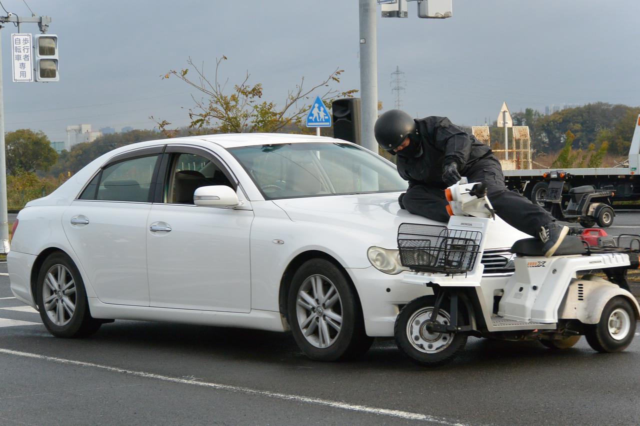 画像2: 宅配ライダーが安全運転技術披露 「第17回デリバリー業安全運転競技会」 団体部門優勝はピザーラチーム