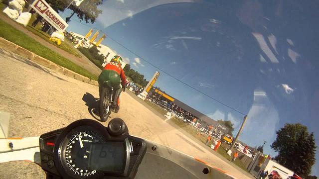画像: [貴重映像!!] あのラルフ・ウォルドマンが50ccのGPマシンで、ドイツ市街地特設コースを激走する動画です! - LAWRENCE - Motorcycle x Cars + α = Your Life.