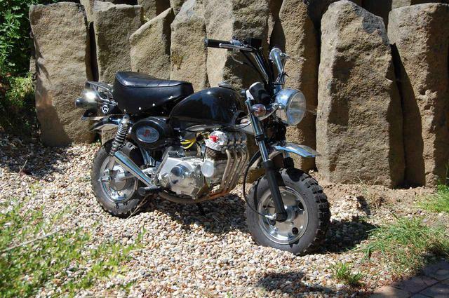 画像: 本気〜!モンキー!4気筒!! - LAWRENCE - Motorcycle x Cars + α = Your Life.