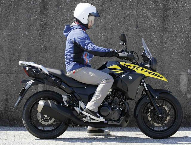 画像1: スズキ「Vストローム250 ABS」 ライディング・ポジションと足つき性