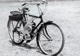 画像: パワーフリー号 自転車取り付け用エンジンです