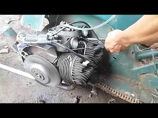 画像: Modifikasi vespa dua silinder by wrs #freedom scooter exodus www.youtube.com