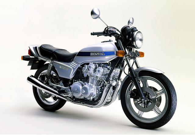 画像: CB750Fの初期モデルが79年式の型式名「750FZ」 この1年前にCB900Fがデビューしています