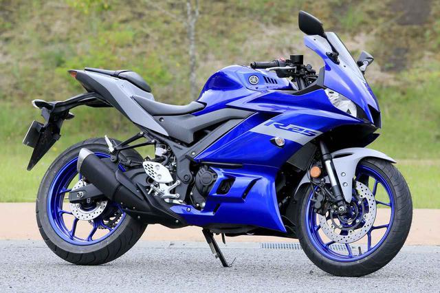 画像: YAMAHA YZF-R25 総排気量:249cc メーカー希望小売価格:61万500円(ABS仕様車は65万4500円) 2020年モデルの発売日:2020年2月14日(モデルチェンジしたのは2019年モデルから)