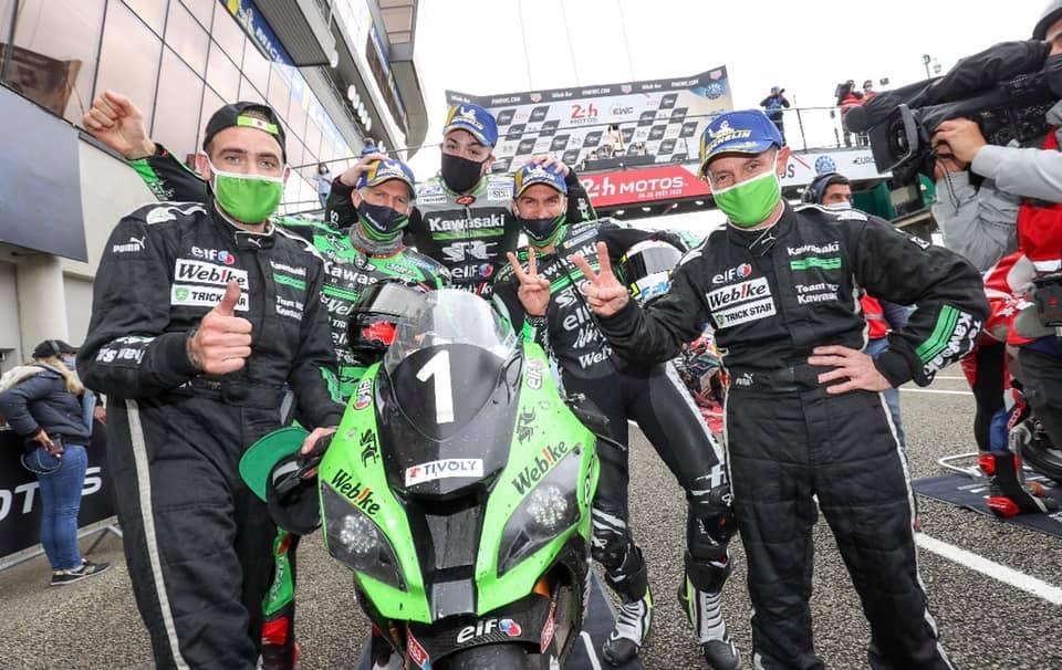 画像: 2018-19チャンピオンチーム SRCカワサキ 日本のWebike!トリックスターレーシングがサポートしてます