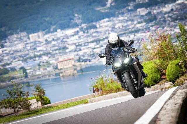 画像1: CBR650Rに乗ると『650ccのバイク』に対する見方が変わる