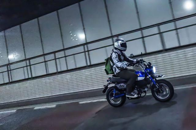 画像3: 街乗りは快適そのもの! ストリートバイクとしても完成されている