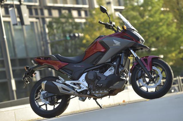 画像: 日本のツーリングでは『NC750X』が最適解のひとつになる!【ホンダの道は一日にして成らず/Honda NC750X <DCT> 前編】