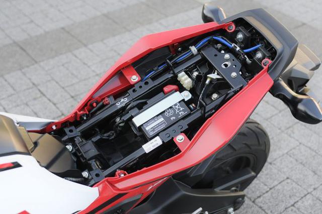 画像6: 【その③】日常の使い勝手に優れたバイクとしての本格的な装備