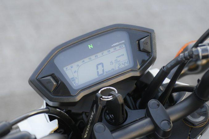 画像3: 【その③】日常の使い勝手に優れたバイクとしての本格的な装備