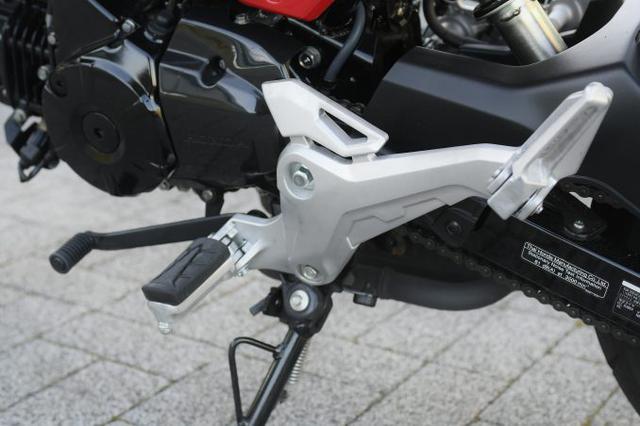 画像2: 【その③】日常の使い勝手に優れたバイクとしての本格的な装備