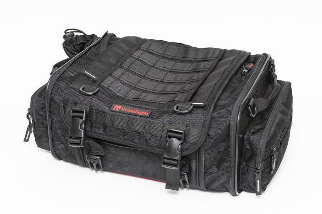画像5: 20リットル前後のシートバッグがあれば泊まりのツーリングもできる!