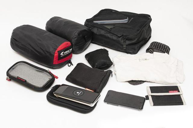 画像1: 20リットル前後のシートバッグがあれば泊まりのツーリングもできる!