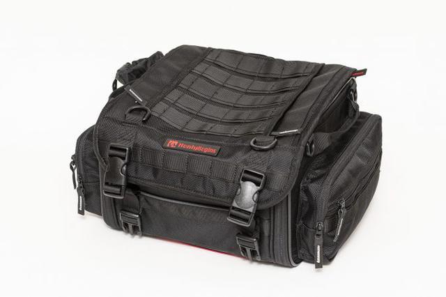 画像2: 20リットル前後のシートバッグがあれば泊まりのツーリングもできる!