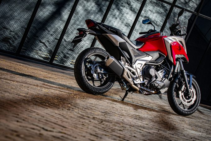 画像1: 新型『NC750X』は圧倒的コスパの大型バイク