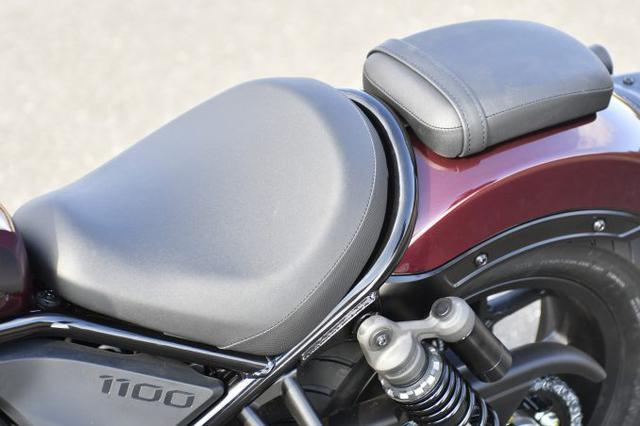 画像4: レブル1100は装備がほとんどスポーツバイク