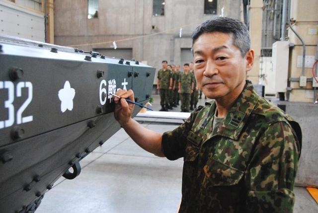 画像: 16式機動戦闘車「入魂式」|大和駐屯地