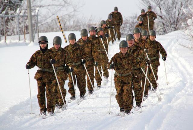 画像4: スキー機動で訓練始め|岩見沢駐屯地