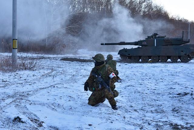 画像3: 戦傷治療を演練 救命率向上を徹底|陸自7師団