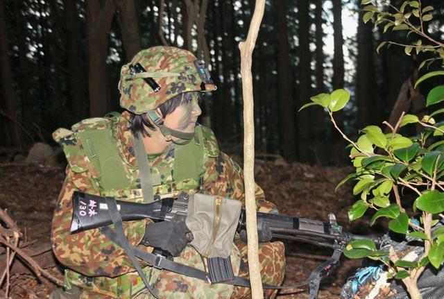 画像1: 通信・衛生・狙撃の訓練検閲|陸自対馬警備隊