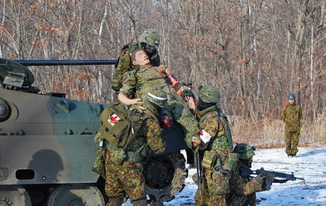 画像5: 戦傷治療を演練 救命率向上を徹底|陸自7師団