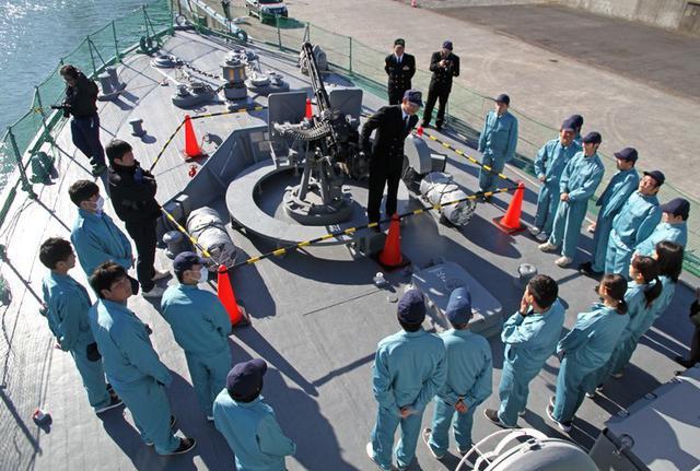 画像2: 海洋科学高校の生徒に艦艇特別公開|大分地本