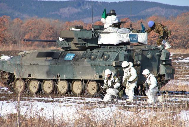 画像2: 総合戦闘射撃訓練 任務を完遂|陸自7師団