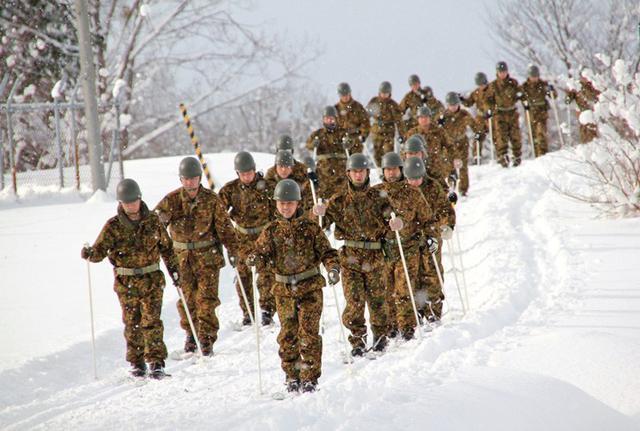 画像5: スキー機動で訓練始め|岩見沢駐屯地