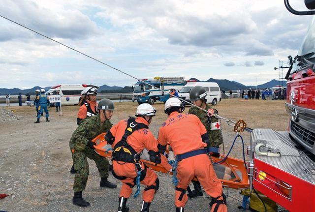 画像2: 広島県防災訓練に隊員500人|海田市駐屯地