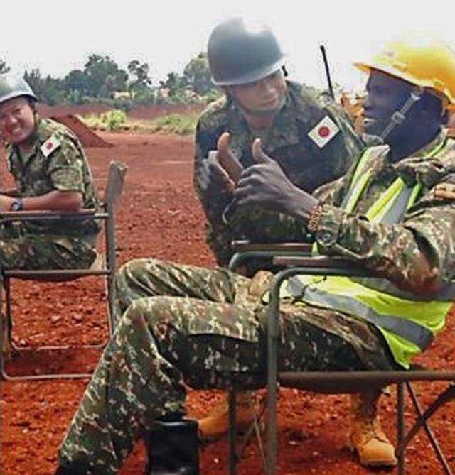 画像8: ウガンダPKO支援 隊員14人帰国|岩見沢駐屯地