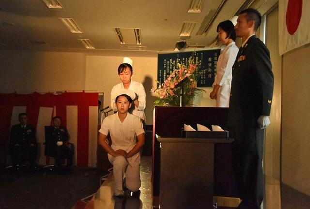 画像3: 准看護師課程学生 戴帽式|自衛隊札幌病院
