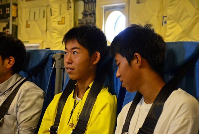 画像3: 学生ら49人 C2体験搭乗|鳥取地本