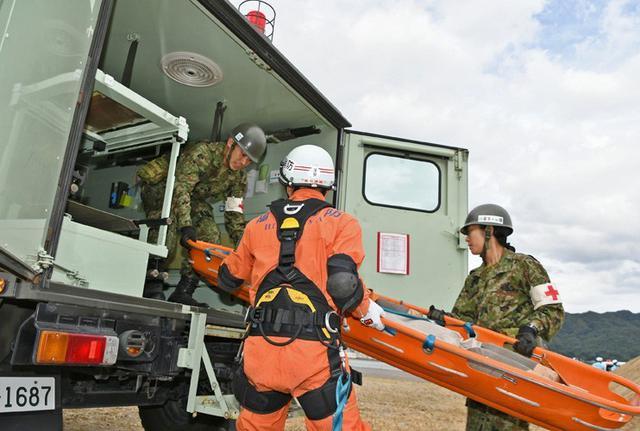 画像1: 広島県防災訓練に隊員500人|海田市駐屯地