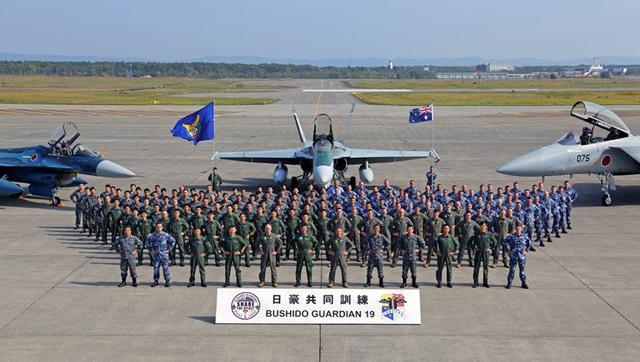 画像3: 国内初 豪空軍と戦闘機訓練|空自千歳基地