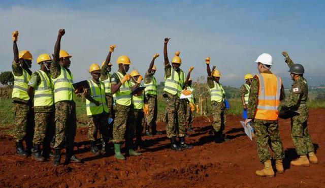 画像6: ウガンダPKO支援 隊員14人帰国|岩見沢駐屯地