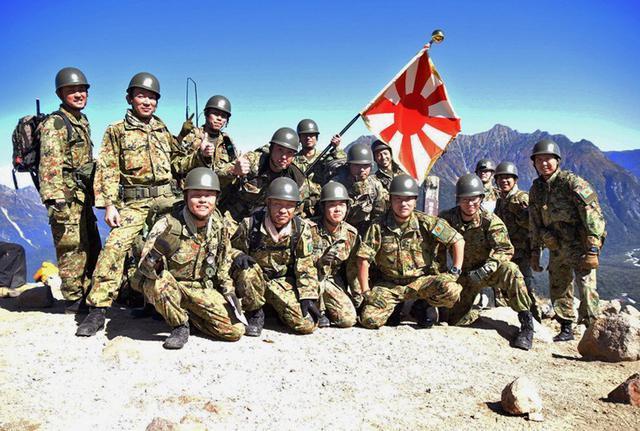 画像9: 北アルプス焼岳で山地機動訓練|守山駐屯地