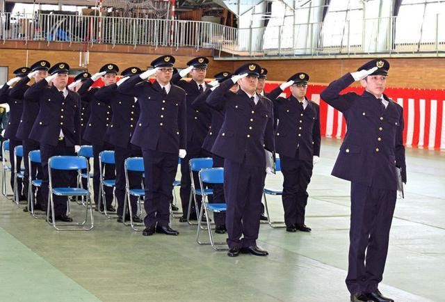 画像1: 「立派な自衛官に」自候生入隊式|青森駐屯地