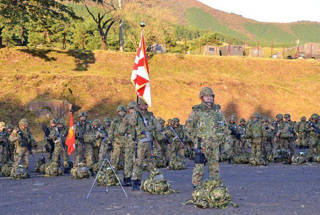 画像1: 西方混成団 創隊初の訓練検閲|久留米駐屯地
