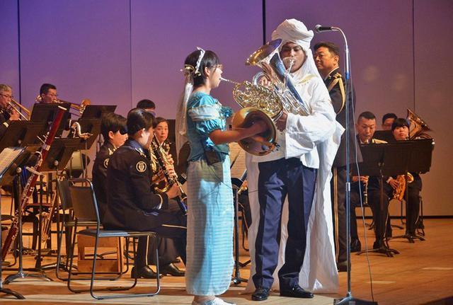 画像7: 陸自12音の楽器指導を支援|新潟地本