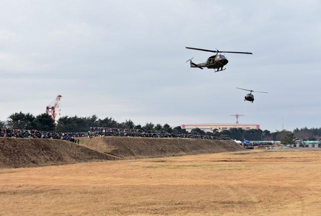 画像5: 1空挺団降下訓練始め 河野防衛大臣も体験|習志野駐屯地