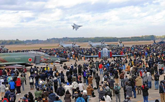 画像1: ファントム最後の航空祭|空自百里基地