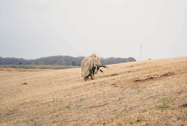 画像12: 1空挺団降下訓練始め 河野防衛大臣も体験|習志野駐屯地