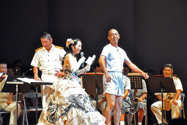 画像1: 陸自8音楽隊 日向市で初の演奏会|宮崎地本