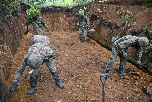画像4: 敵の上陸を阻止 火力戦闘を演練|北千歳駐屯地