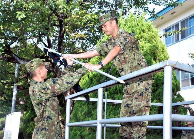 画像: 「29人全員 栄光のバッジ取れ」|高田駐屯地