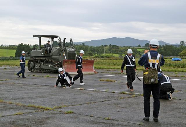 画像3: 被災した飛行場の機能復旧を演練|空自航空支援集団