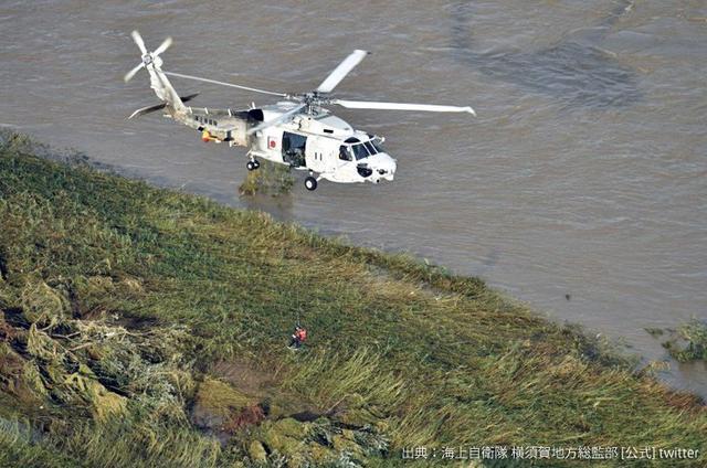 画像3: 台風19号 被災地に3.1万人出動|陸海空自部隊