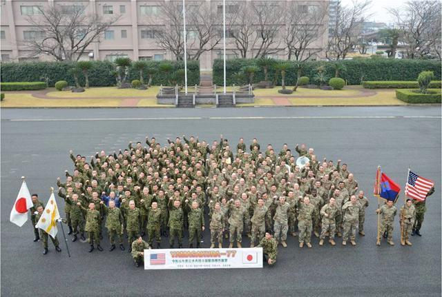 画像10: 日米共同で指揮所演習|陸自西部方面隊